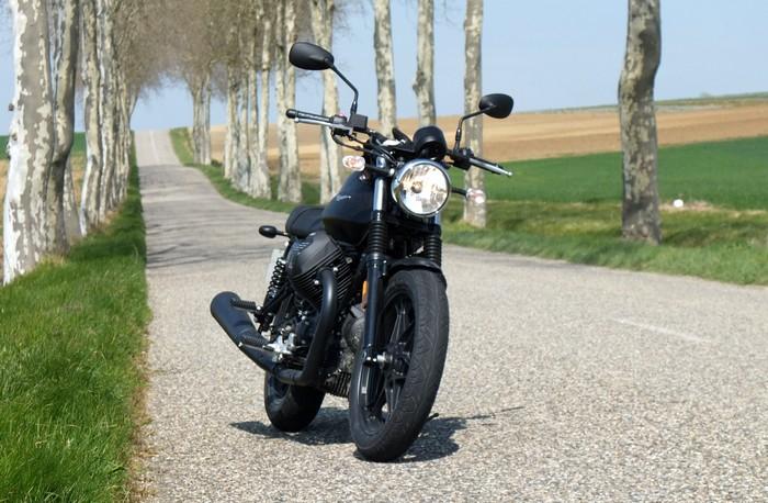 Petite virée en moto Guzzi V7 Stone DSCF2450